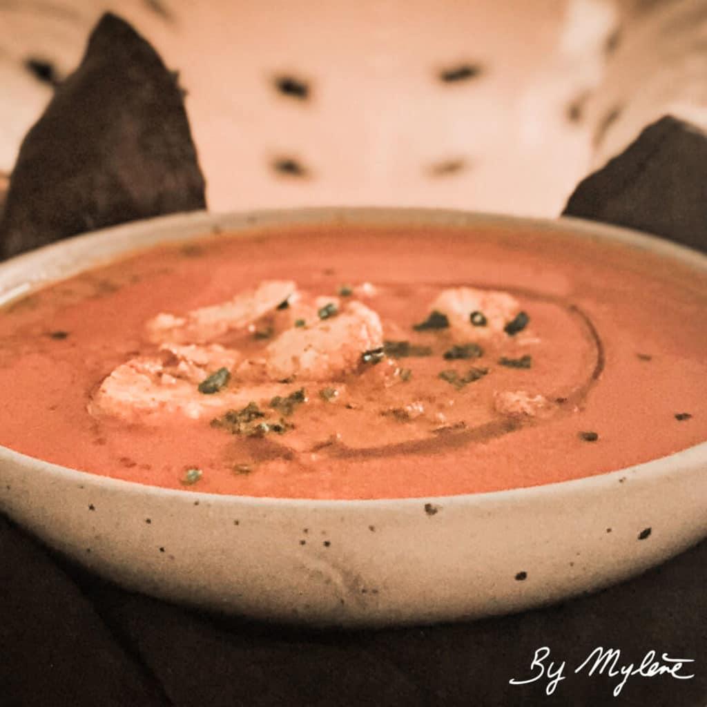 Soupe épicée au curry rouge