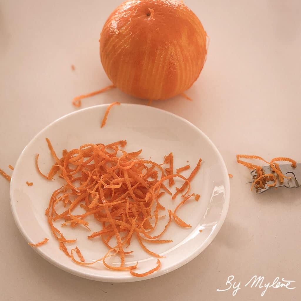 Zester les oranges